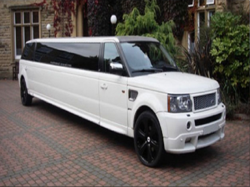 Range Rover Limo for Hire 3